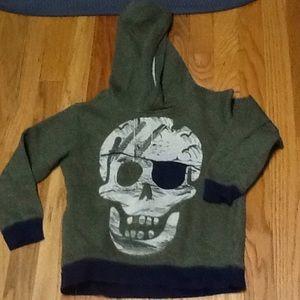 Boy's 5-6 Pirate Skull Hoodie, VGUC